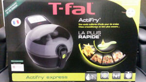 **BRAND NEW**UN-OPENED**TFAL ACTIFRY EXPRESS