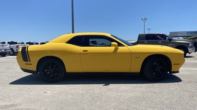 Image 2 Voiture American used Dodge Challenger 2017