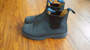 Women's Black Winter Blundstones