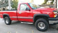 2006 Chevy 2500, 4x4 safety and e-tested with Arctic Plow Unit