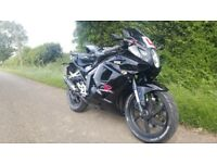 HYOSUNG GT125R 2013 REG £1000 OR SWAPS (SWAP FOR A HONDA CBF 125 £200-300 CASH YOUR WAY