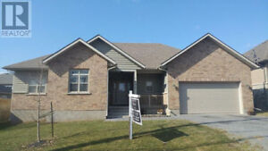 OPEN HOUSE ** THIS SUNDAY MAY 28th FROM 2PM - 4PM