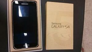 LIKE NEW Samsung Galaxy S5 for $230 . NO major  Scratch/ Marks Guaranteed! Sale for this week only