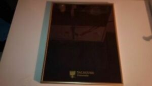 Solid metal picture frame in excellent condition
