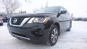 2017 Nissan Pathfinder 4WD S 3rd Row,  Back-up Cam,  Bluetooth,