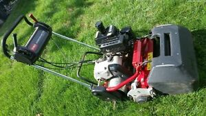 Toro Pro Golf Greens Reel Cutting Mower - WOW!