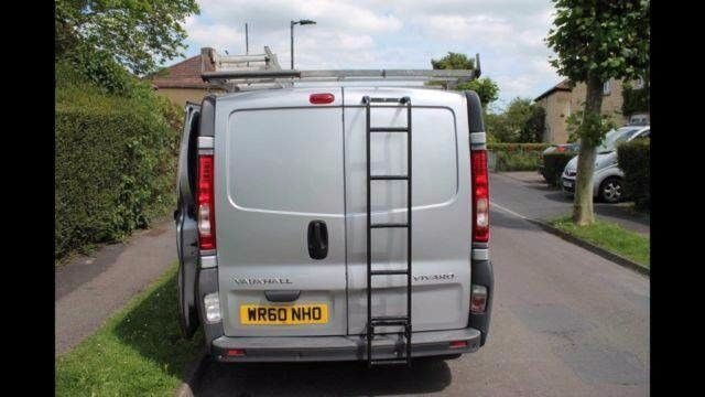 Window cleaning van + water fed pole system