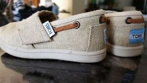 Girl's (Toddler) Toms Shoes London Ontario image 1