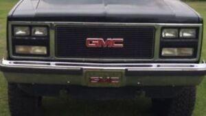 1989-1991 GMC Jimmy Grille