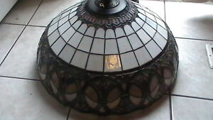 Large Tiffany style Ceiling lamp Kitchener / Waterloo Kitchener Area image 2