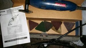 RYOBI SANDING DS 1000 USED ONCE PERFECT  CONDITION,WITH BOX
