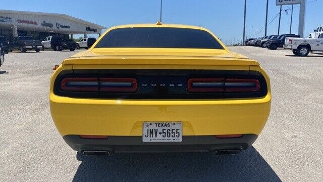 Image 5 Voiture American used Dodge Challenger 2017