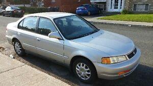 1998 Acura EL Sport automatique  $975.00 nego 514 441 1017