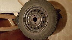 Good Year 185/70R14. 4 winter tires.
