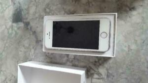 iPhone 5 16GB CANADIAN MODELS NEW CONDITION With New Accessories Unlocked 90 DAYS WARRANTY!!!