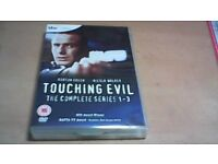 TOUCHING EVIL-THE COMPLETE SERIES 1-3 BOX SET, 5 x DVD'S