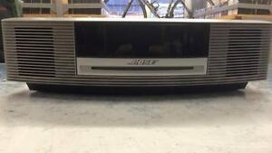 Système de son de marque Bose modèle Wave systeme en superbe condition Z006731