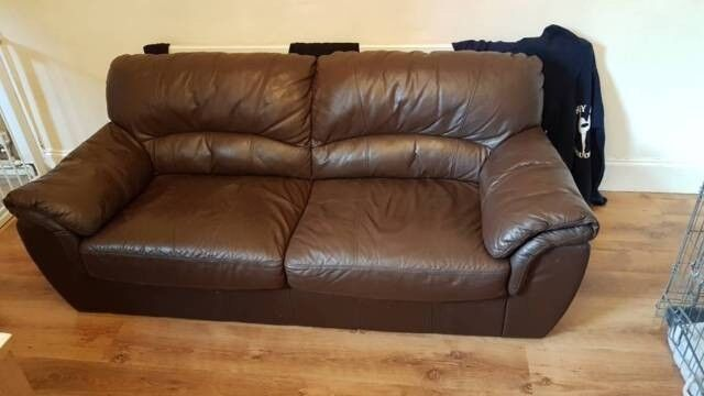 Beutiful Soft Leather Sofa . Not Bulky Free Delivery