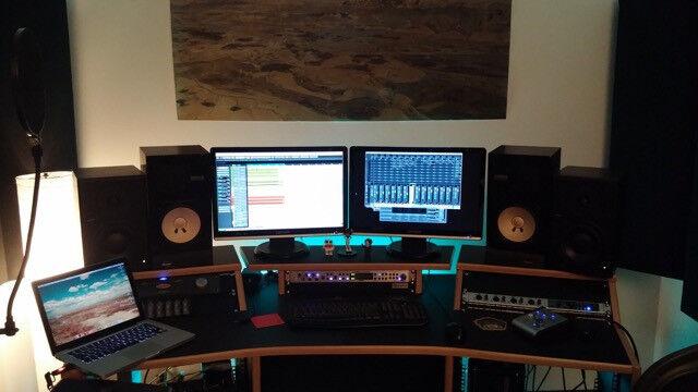 Genial Music Studio Desk StudioRacks MiniMaster Table