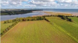 Beautiful Waterfront Property in PEI