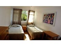 DON'T MISS!! - TWIN ROOM IN SURREY QUAYS - ZONE 2 - ALL INCLUSIVE