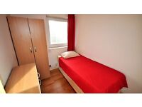 good room next to Canning Town 07426585914 for 125pw NO AGENCY FEE