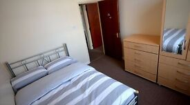 DOUBLE ROOM AVAILABLE **** CALL NOW ** VERY CHEAP