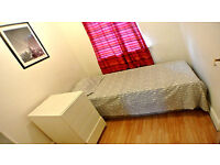Single cosy room in Whitechapel! must see!