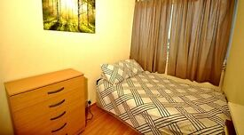 Lovely single room in CANNING TOWN