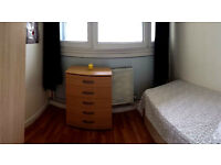 Single sunny room next to Whitechapel. Available as of today!