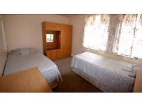 Big Twin Room to let in Birmingham, £75 pw all bills included, WiFi, easy access to city centre.