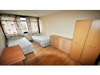 DOUBLE/ TWIN ROOM only 5 minutes walking from SEVEN SISTERS Station. £80 pppwALL INCLUDED. HARINGEY