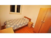 Rooms in Canning Town. Single and Double Rooms available. Great Price.
