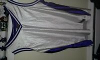 Nke Basketball practice Jersey.3xl fits like Xl