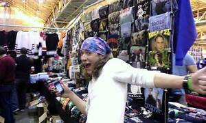 Sales Staff required 4 T-shirt vendor @ Fan Expo Van -Nov 11-13 Downtown-West End Greater Vancouver Area image 1