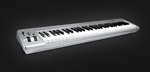 M-Audio Keystation 61es USB MIDI Keyboard