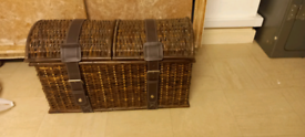 Lovely wicker pirates chest style storage trunk ottoman toy box