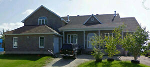 Beautiful 5 bedrm Home, CLOSE to Hospital,desired hill district