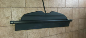 Mazda 5 rectractable boot cover/tray