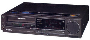 Sony SL-HF900 Super Betamax HIFI Stereo VCR with tapes