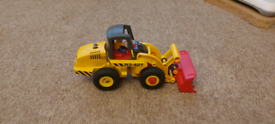 Playmobil yellow digger