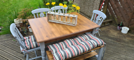 Farmhouse extending dining table with chairs and bench