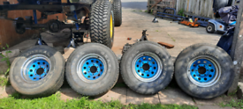 80s 4x4 Nissan Pickup wheels 6 stud jap fitment with 31 inch tyres