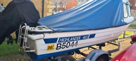 Highlander 465 fishing boat