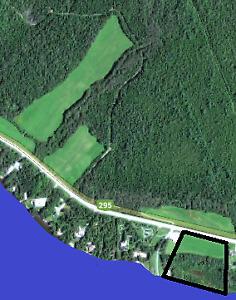 Terrain à vendre sur le bord de la Rivière-Madawaska