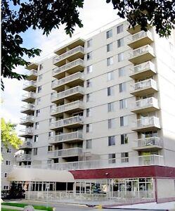 1, 2, & (2 +Den) Bedroom Downtown Apartments (Mountbatten)