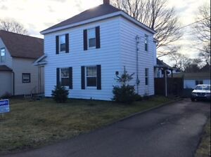 4BR home - Amherst NS