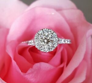 Hearts on Fire 0.96tcw Diamond Halo Engagement Ring RRP $11085 Bellevue Hill Eastern Suburbs Preview