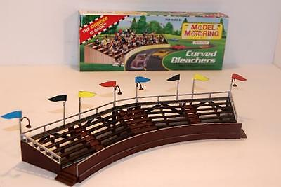 MODEL MOTORING T-JET CURVED BLEACHER MODEL KIT. NEW