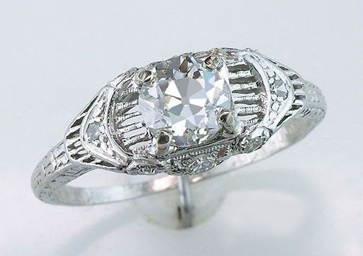 What to Look for When Buying an Art Deco Ring